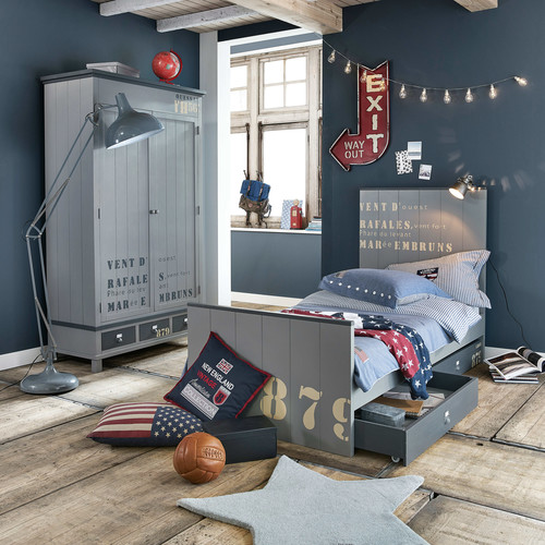 globe terrestre mappemonde rouge h 29 cm school maisons du monde. Black Bedroom Furniture Sets. Home Design Ideas
