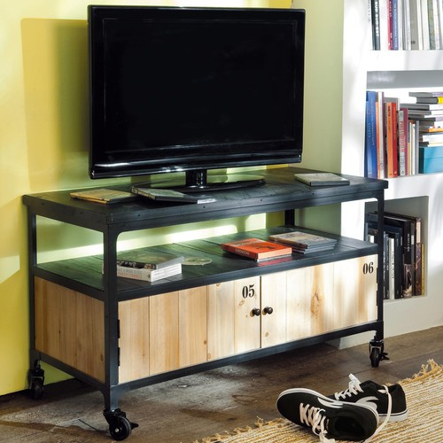 mueble de tv industrial negro con ruedas de metal y madera an 110 cm docks maisons du monde. Black Bedroom Furniture Sets. Home Design Ideas