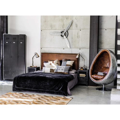 nachttisch im industrial stil aus metall b 40 cm schwarz edison maisons du monde. Black Bedroom Furniture Sets. Home Design Ideas
