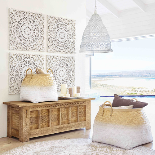 coffre en manguier massif sculpt tibet maisons du monde. Black Bedroom Furniture Sets. Home Design Ideas