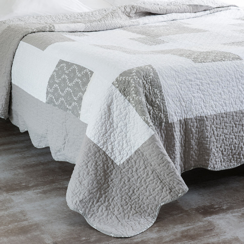 CAMILLE linen quilted bedspread  2 pillowcases in grey 240 x 260cm
