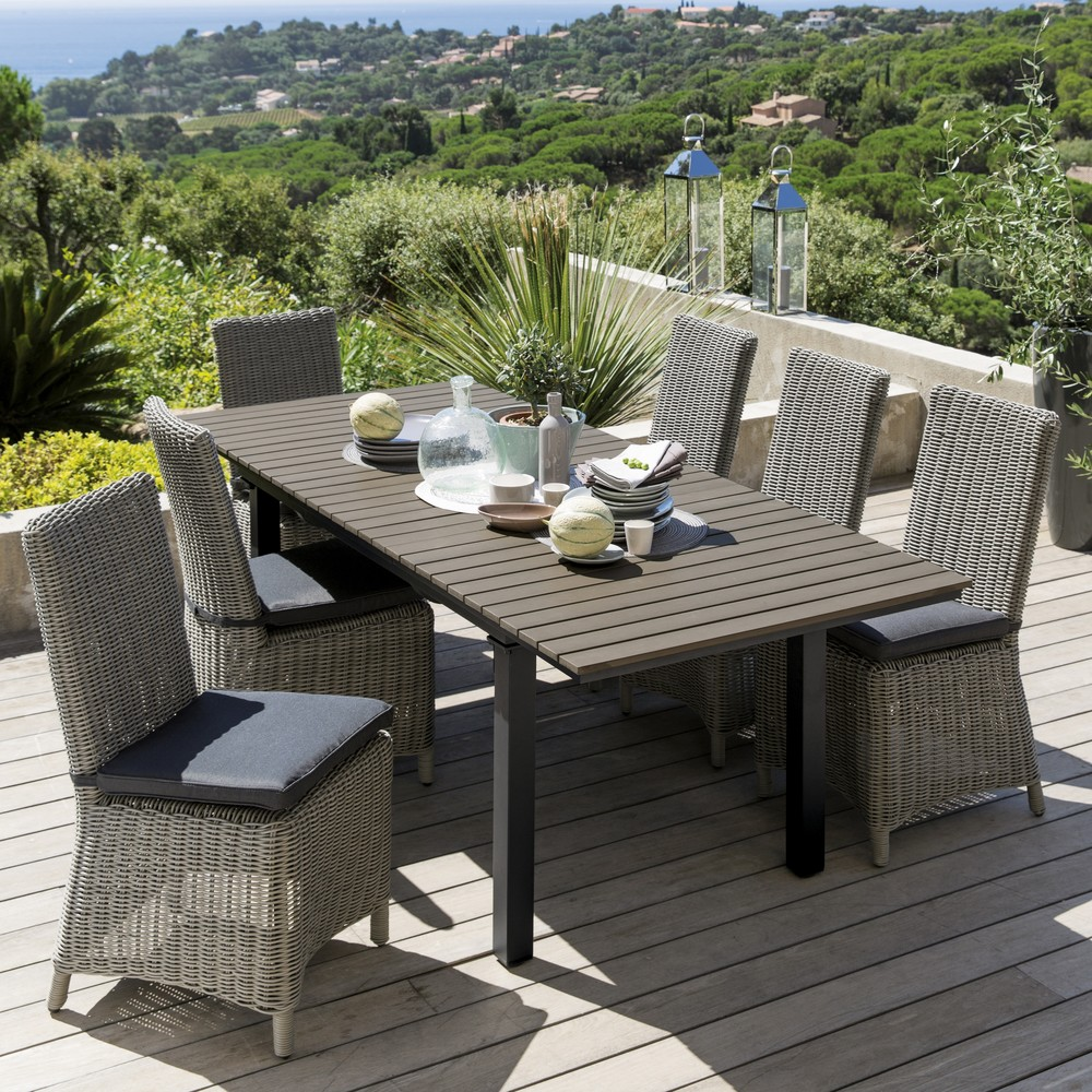 table et chaise de jardin en resine tressee stunning. Black Bedroom Furniture Sets. Home Design Ideas