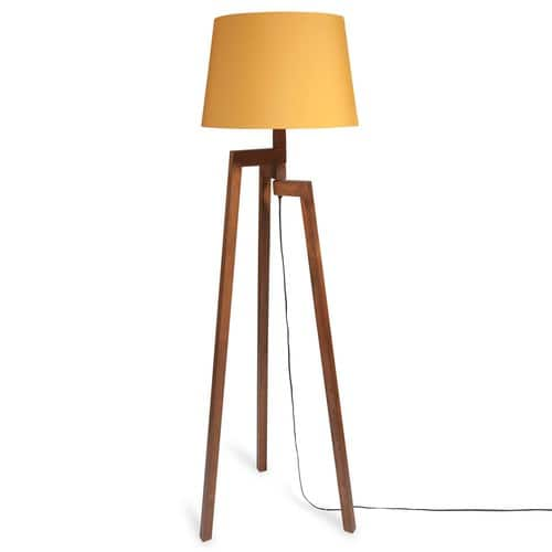 lampadaire tr pied en bois moutarde maisons du monde. Black Bedroom Furniture Sets. Home Design Ideas