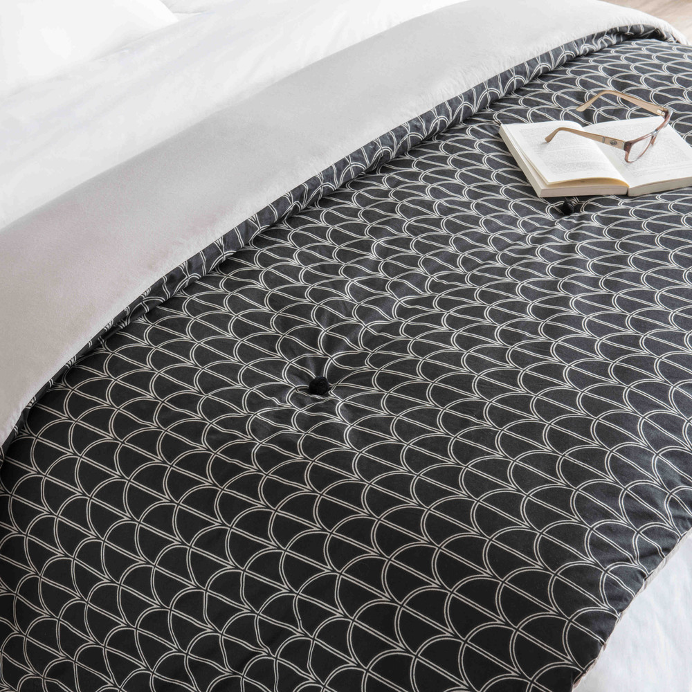 LONA cotton quilted bedspread with black and white motifs 130 x 200 cm