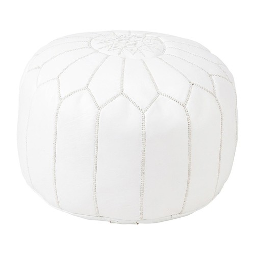 pouf marocain cuir blanc marrakech maisons du monde. Black Bedroom Furniture Sets. Home Design Ideas