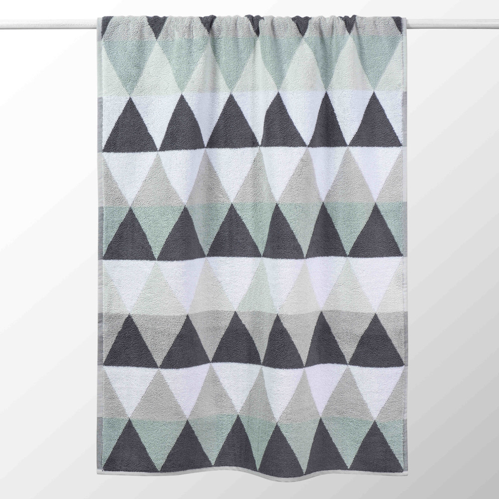 Serviette de bain en coton gris 50x100 TRIANGLE (photo)