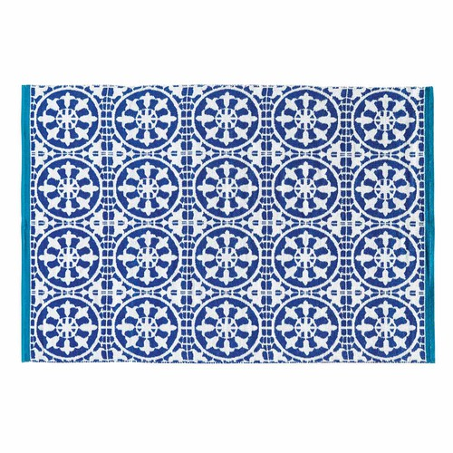 tapis d 39 ext rieur bleu et blanc 140 x 200 cm santorini maisons du monde. Black Bedroom Furniture Sets. Home Design Ideas