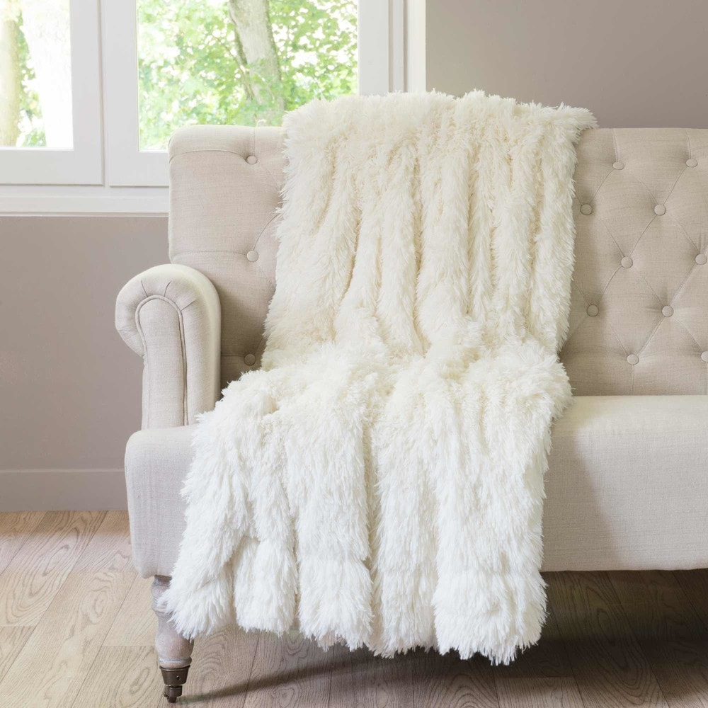 VALTHORENS faux fur throw in ecru 180x240cm